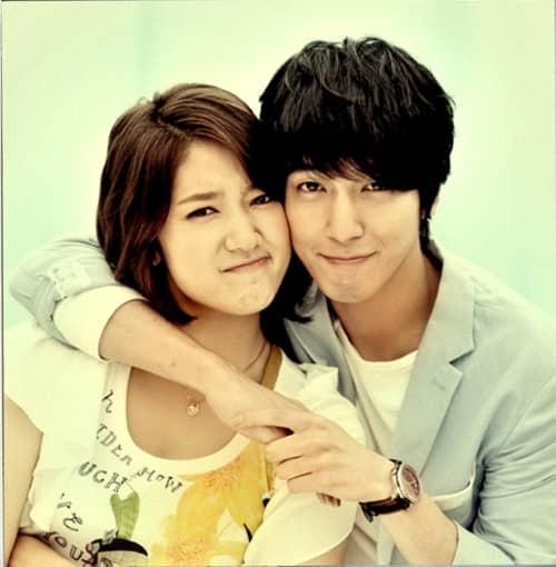 20110602_shinhye_yonghwa_selca_1