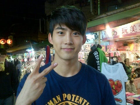 https://www.yesasia.ru/wp-content/uploads/2012/03/20120318_Taecyeon_song.jpg