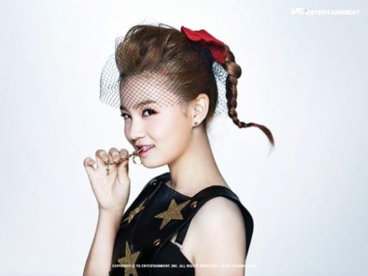 Lee-Hi_1369794749_20130528_leehi_1234