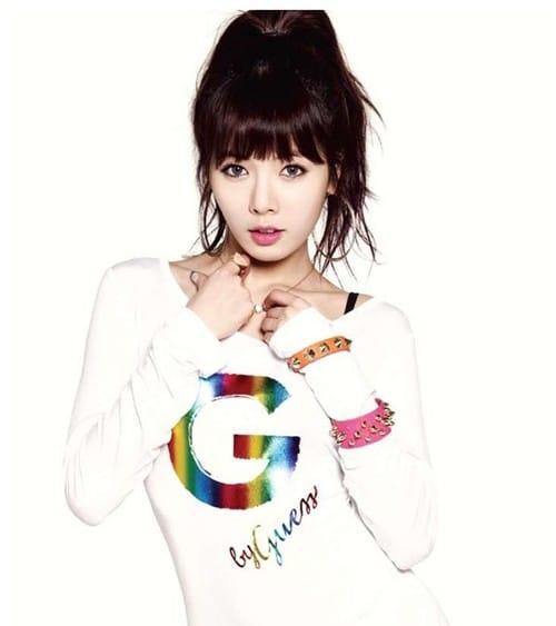 YoonA_1374285475_hyuna3