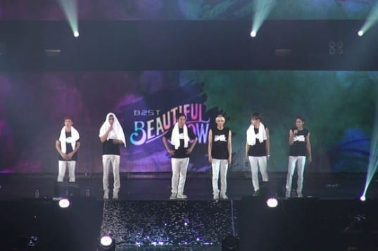 91645-beast-successfully-completes-japan-beautiful-show-with-10-000-fans