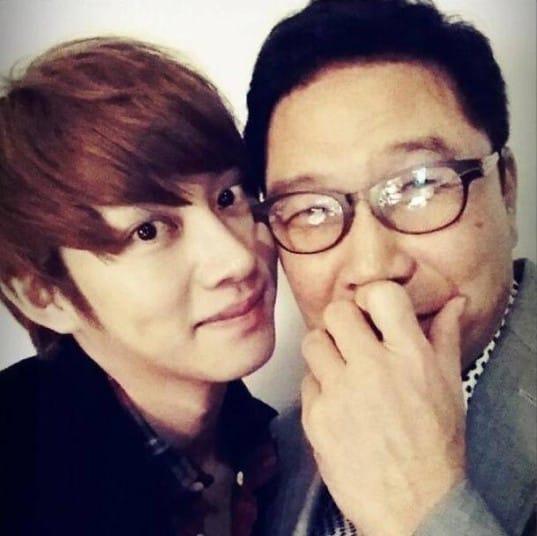 Super-Junior-Heechul-lee-soo-man_1383021315_af_org