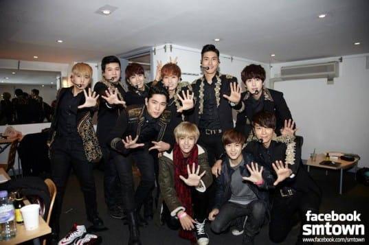 EXO-Super-Junior_1384129483_af_org