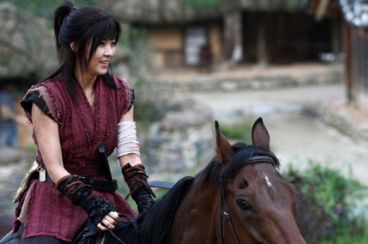 ha-ji-won-empress-ki-stills-13-b