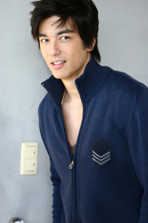 5_Dennis Ho