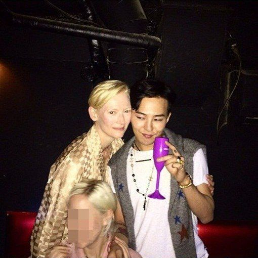 Tilda-Swinton-and-G-Dragon-at-after-party (1)