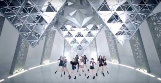 Girls-Generation_1439604313_ice_dance_1