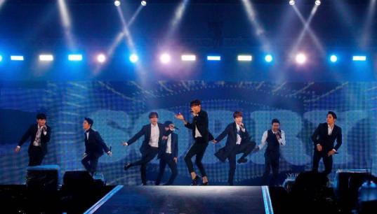 fx-Super-Junior_1440864570_af_org