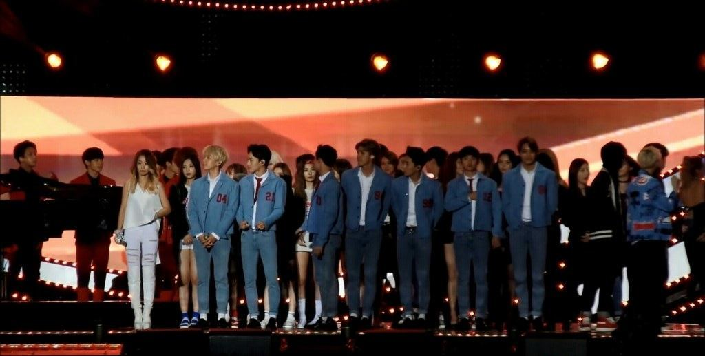 """Red Velvet stands behind EXO."