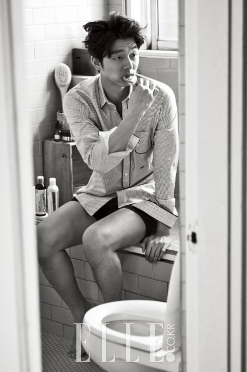 korean-actor-gong-yoo-elle-magazine-october-2015-photoshoot-interview (1)