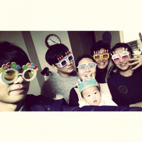 Park-SEo-Joon-and-family-540x540