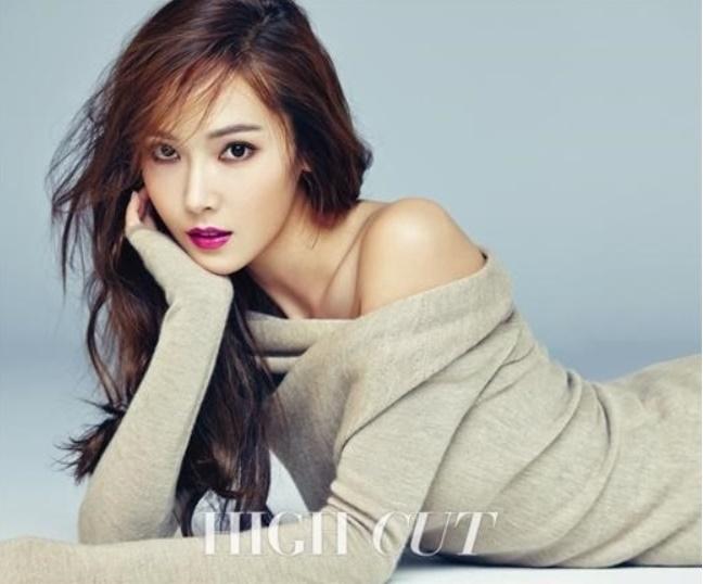 Girls-Generation-Jessica-3