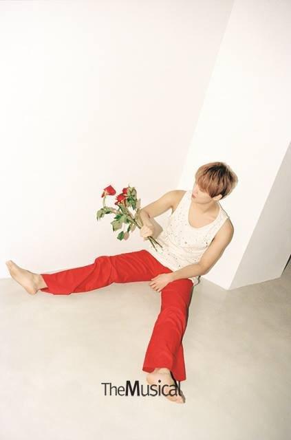 Junsu_1451271347_20151227_junsu_themusical3