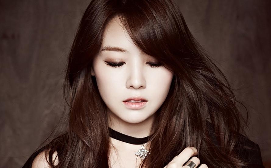 Taecyeon_1449611000_minah_confession