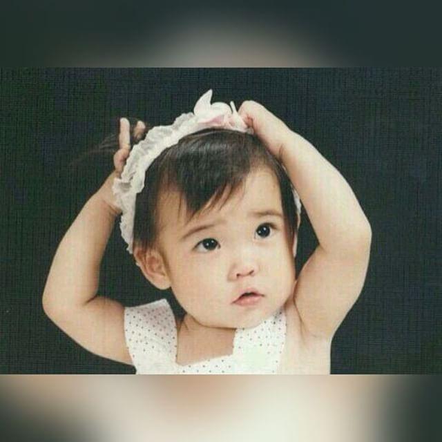 150716-IU-childhood-photo-has-been-revealed-iu-38657932-640-640