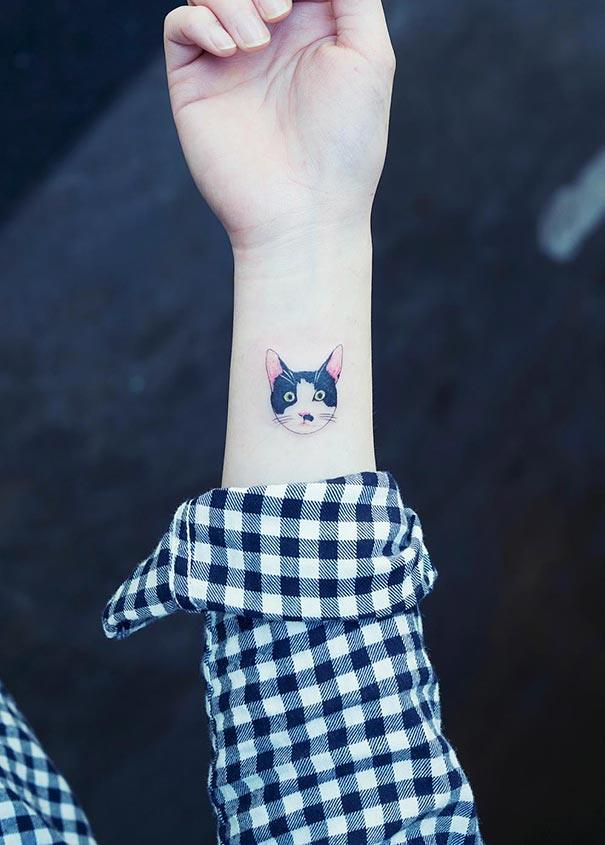 http://www.yesasia.ru/wp-content/uploads/2016/01/cat-tattoos-trend-illegal-parlors-south-korea-13.jpg