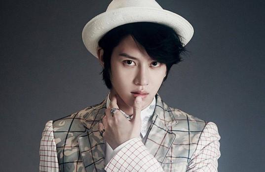 Super-Junior-Heechul_1455375015_af_org