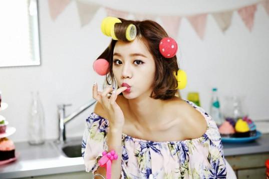 Girls-Day-Hyeri_1457238681_af_org