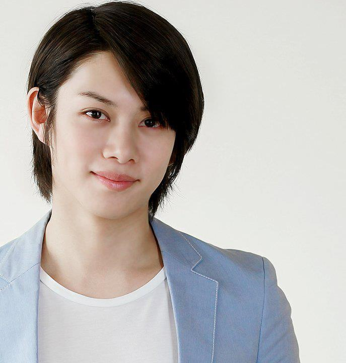 8-super-junior-kim-heechul