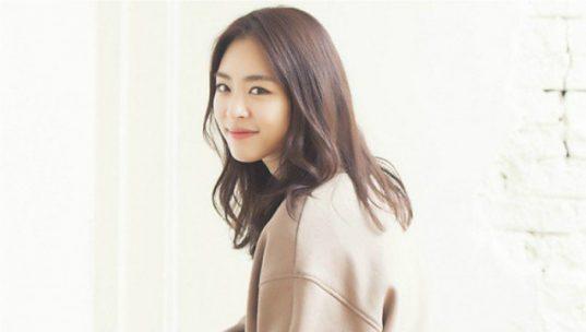 Girls-Generation_1462829302_e_Leeyeonhee