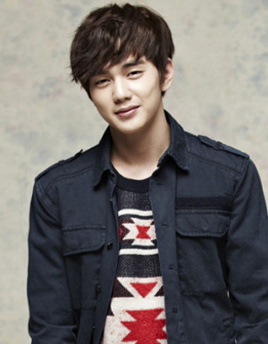 Yoo-Seung-Ho-300x385