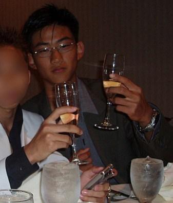 Тэкён(2PM)