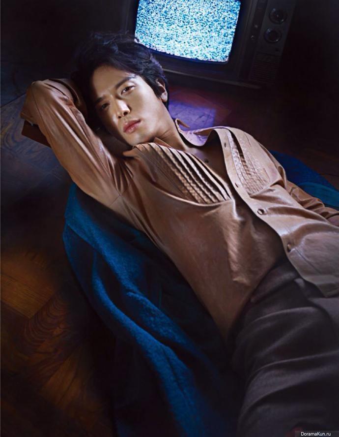 Jung-Yong-Hwa02-690
