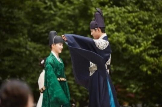Kim-Yoo-Jung-Park-Bo-Gum