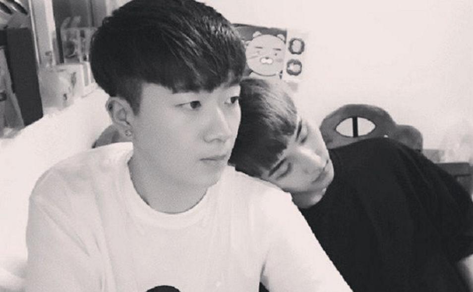 Геи корейцы парни