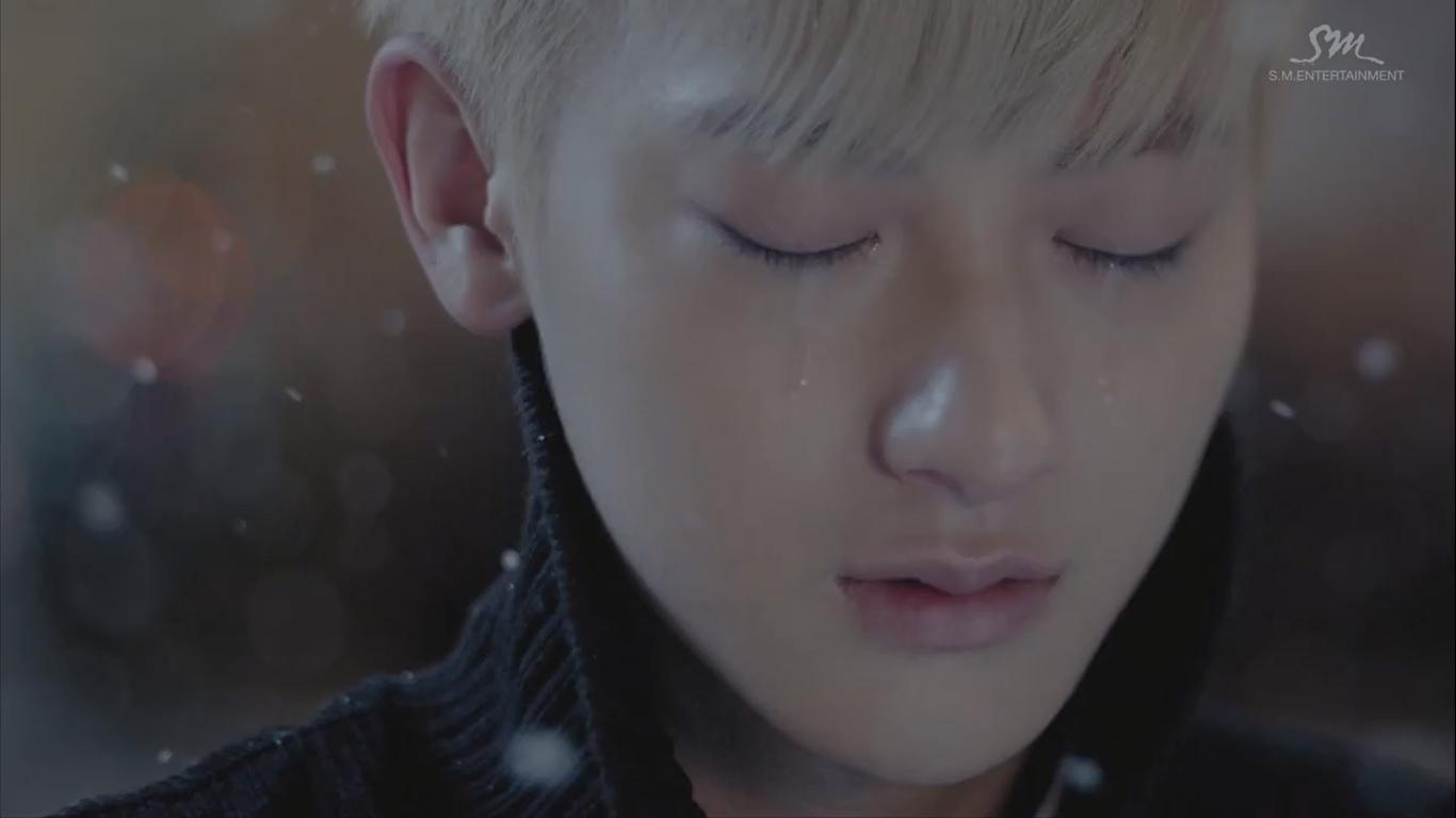 tao-crying-debut-lol
