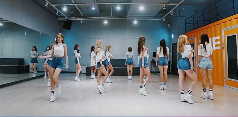 Cosmic Girls practice Secret choreography allkpop