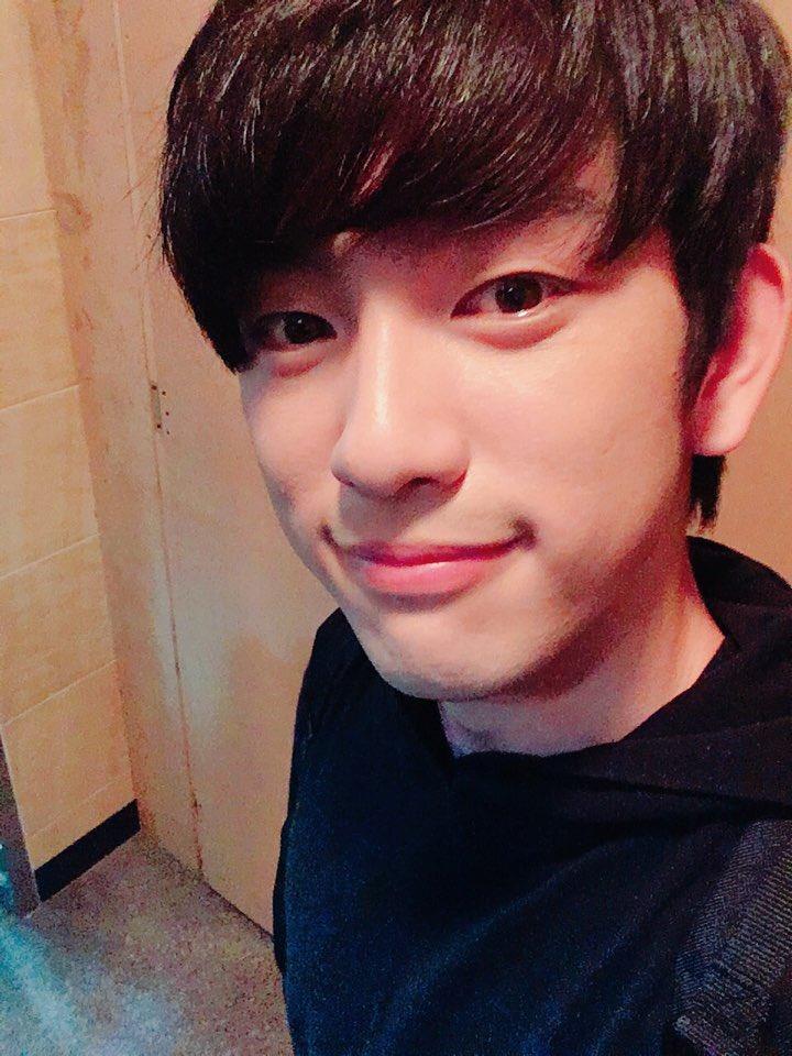 jinyoung1