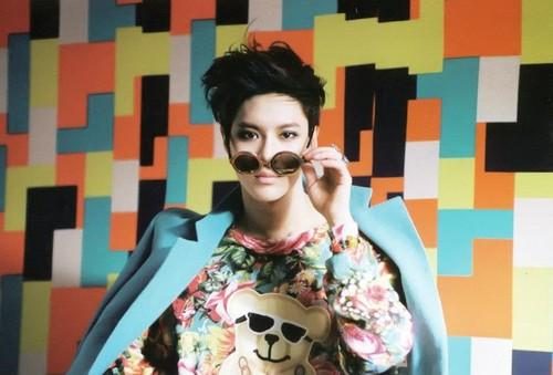 SHINee-Taemin-Dream-Girl-Photobook-3-lee-taemin-33726530-500-339