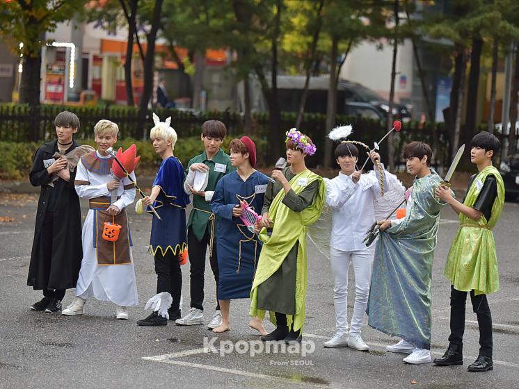 sf9-halloween-music-bank-kpop-costumes-2016-746x560