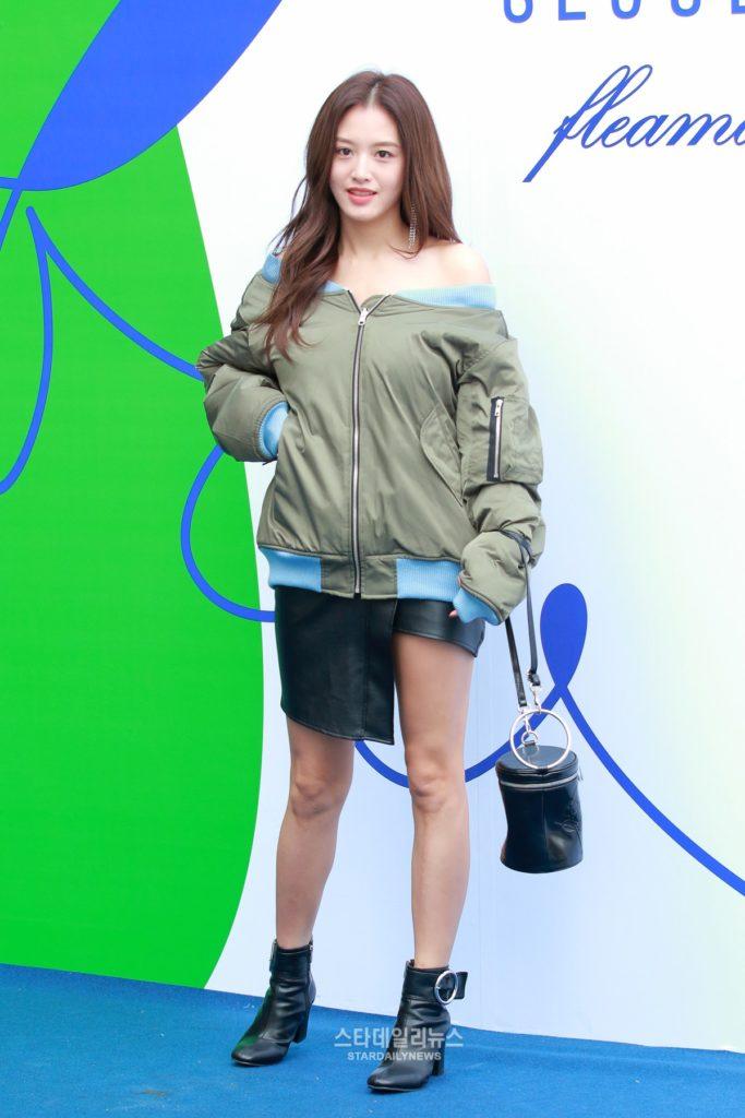 jaekyung-seoul-fashion-week-ss-2016-683x1024