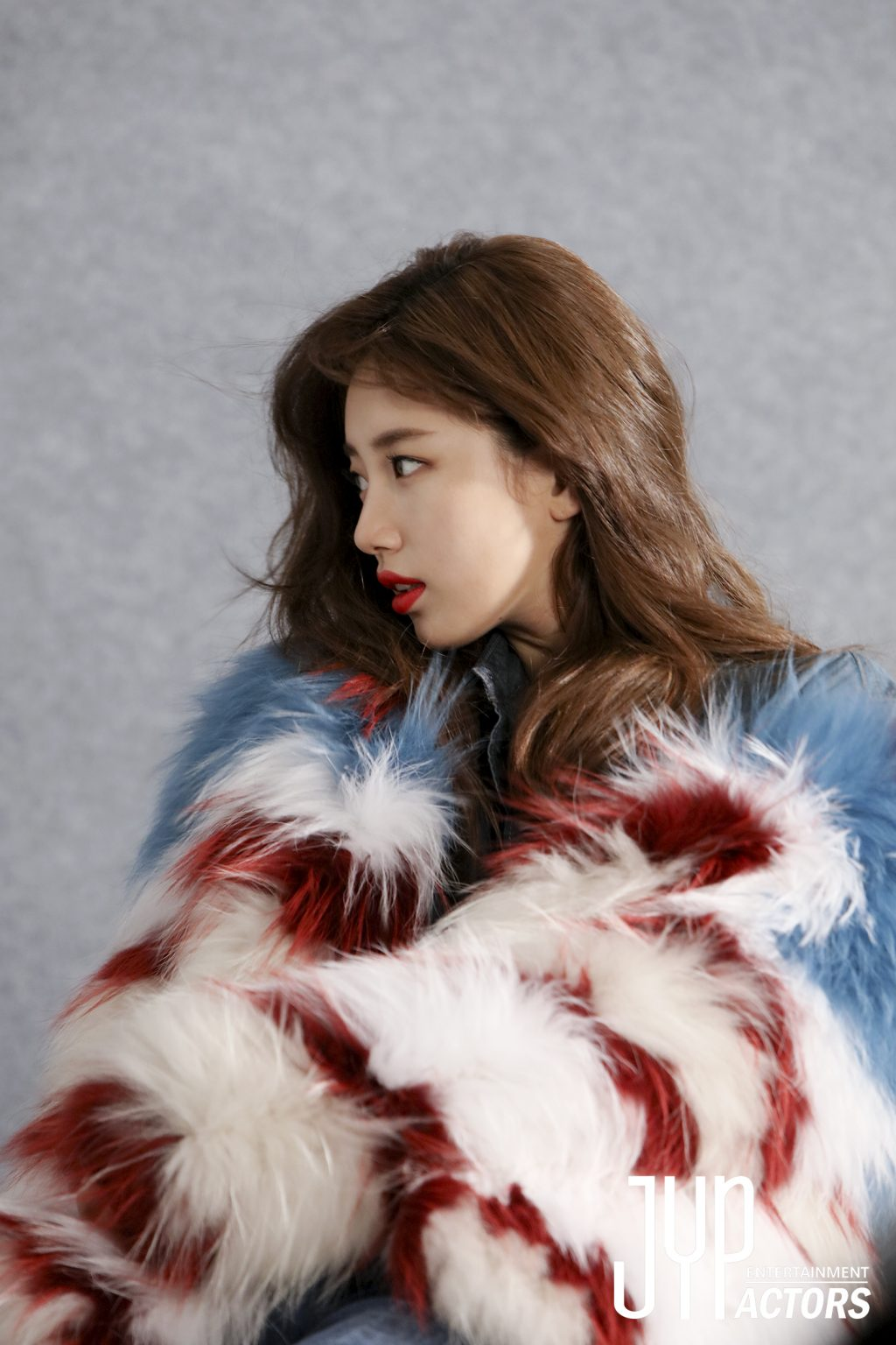 suzy-guess3