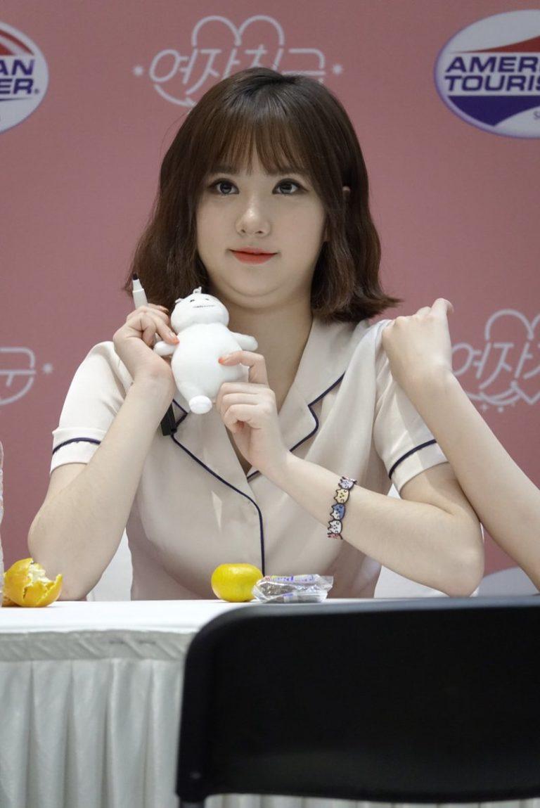kpop-idols-character-dolls-gfriend-eunha-768x1149
