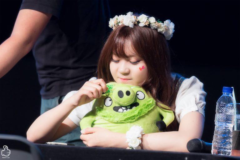 kpop-idols-character-dolls-gfriend-umji-768x512