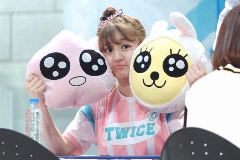 kpop-idols-character-dolls-twice-jihyo-768x512
