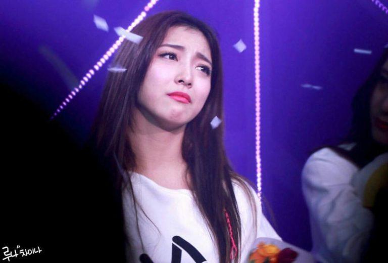 kpop-idols-crying-sad-fx-luna-768x520