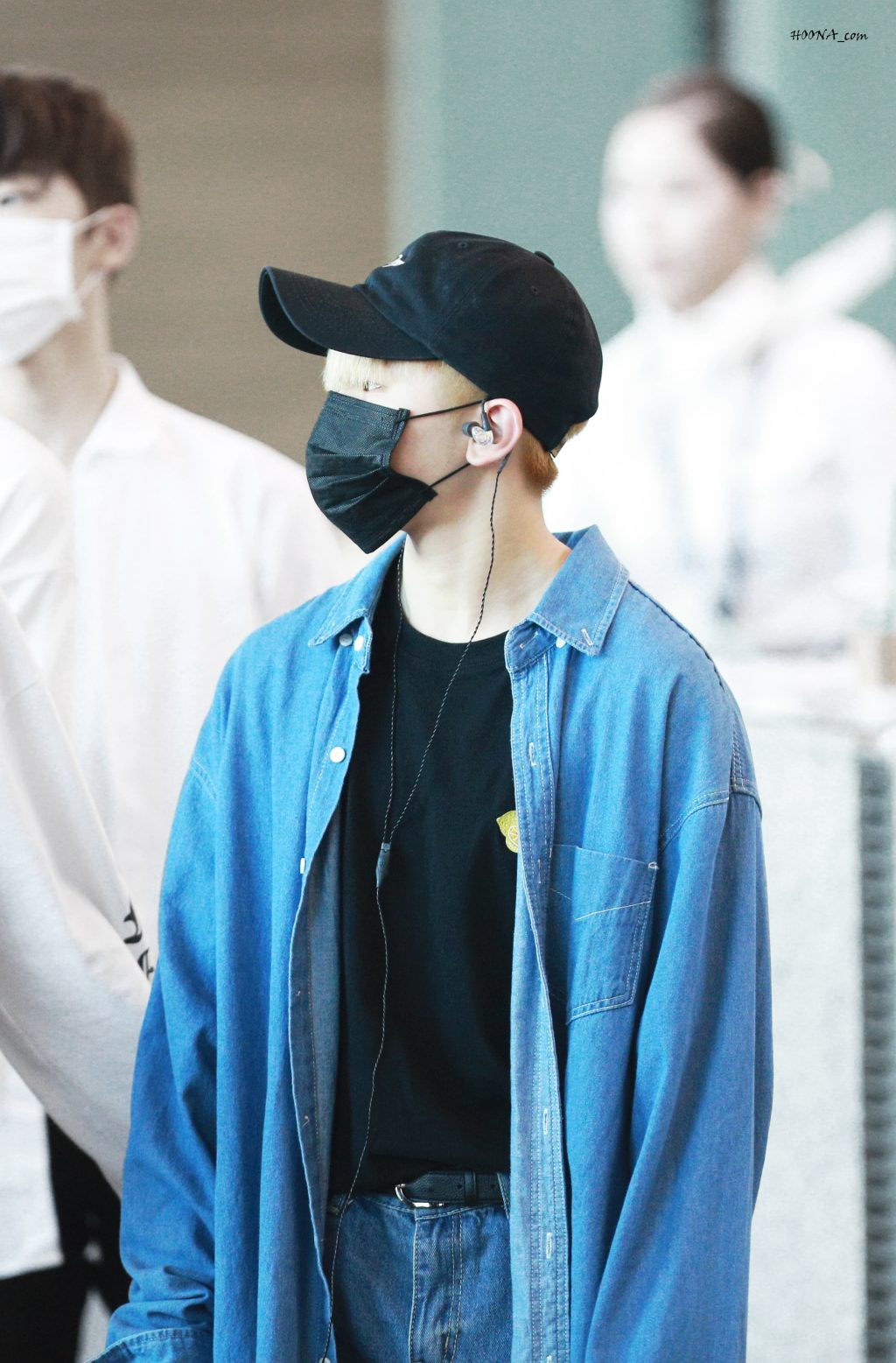 woozi-airport-fashion18