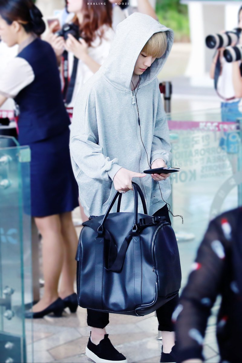 woozi-airport-fashion4
