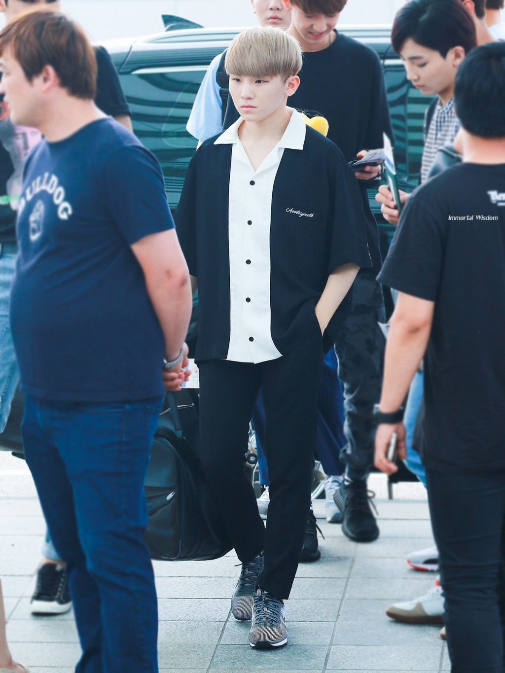 woozi-airport-fashion7