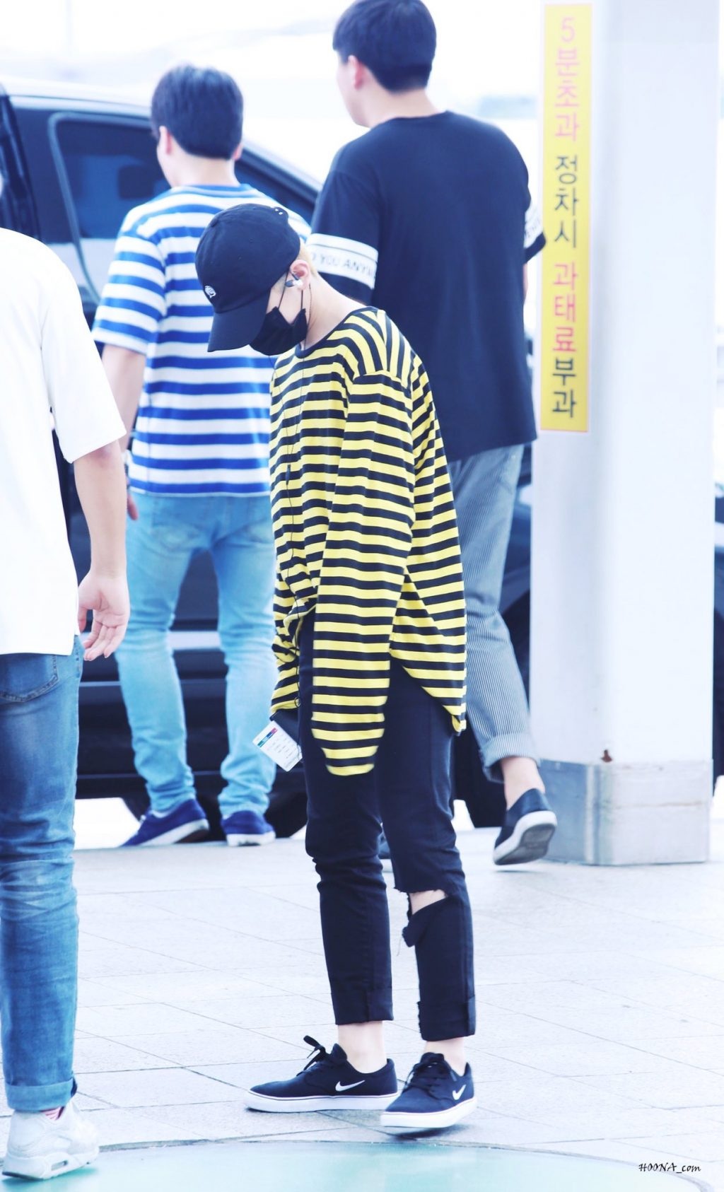 woozi-airport-fashion8